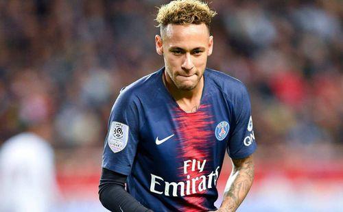 Barca bay đến Pháp ký hợp đồng Neymar