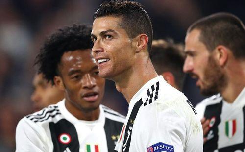 Bốc thăm Champions League: Barcelona rơi vào bảng tử thần, Ronaldo tái ngộ