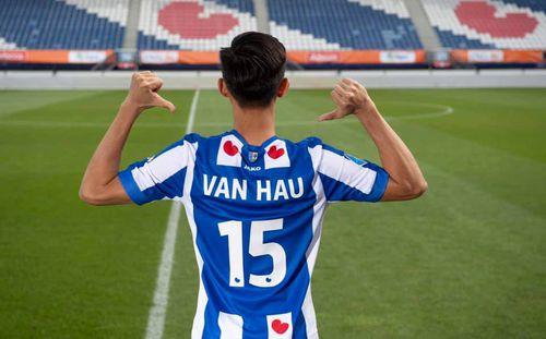 Giải mã SC Heerenveen của Đoàn Văn Hậu: Đội bóng