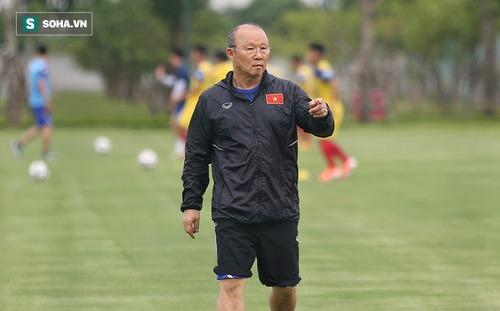 VFF, VPF tiếp sức để thầy Park đấu vòng loại World Cup, tiếp tục lùi lịch thi đấu V.League