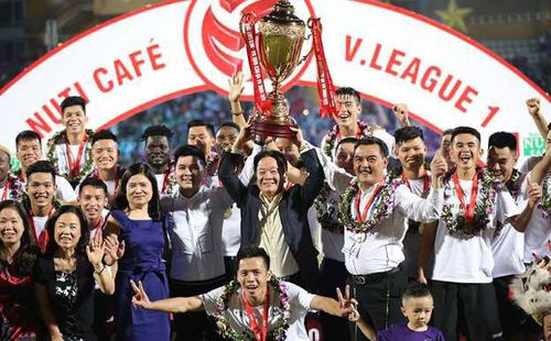 Không phải Mỹ Đình, VPF chốt phương án trao cúp vô địch V.League cho Hà Nội tại Quảng Ninh
