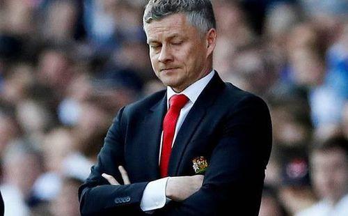 Man United tụt xuống thứ 14, chỉ cách nhóm xuống hạng