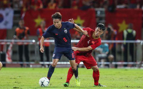 HLV Nishino và người Thái cay cú, thầy trò ông Park bình thản