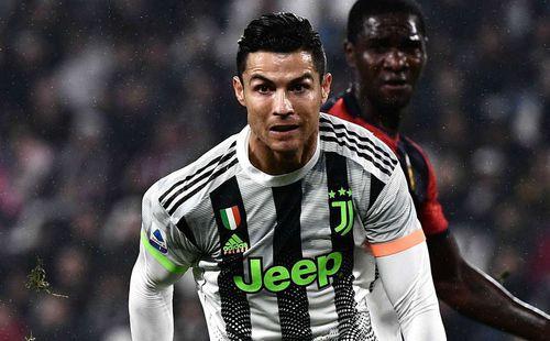 Ronaldo nói gì khi bị tố 'ăn vạ' giúp Juventus thắng trận?