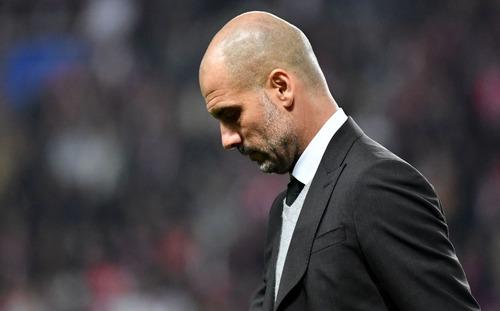 Sai lầm kéo dài 3 năm của Pep Guardiola đã khiến Man City sụp đổ trước Liverpool