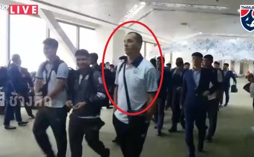 Sau scandal chế nhạo thầy Park, trợ lý Thái Lan không bị trách phạt, vẫn đến SEA Games