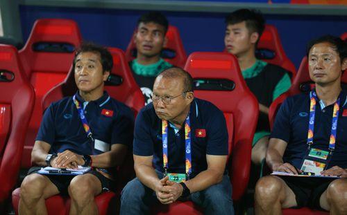Vòng loại World Cup: Đối thủ rầm rộ