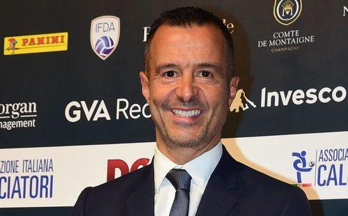 Giúp Barca có tân binh, 'siêu cò' Jorge Mendes kiếm bộn tiền
