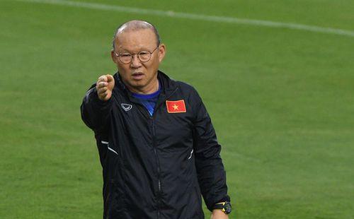 Sau quãng nghỉ vì dịch virus corona, bóng đá Việt Nam sẽ trở lại với guồng quay