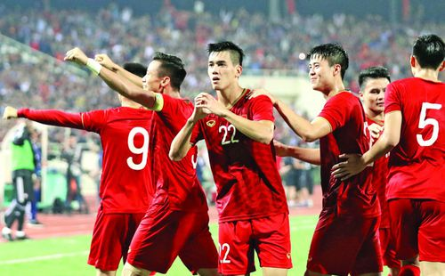 Tuyển Việt Nam 'ngắm bắn' Vòng loại World Cup