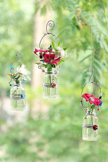 2 cách làm bình hoa đẹp xinh từ lọ thủy tinh cũ 6