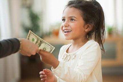 Mẹ khôn phải biết cách dạy con tiêu tiền 1
