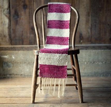 Biến khăn quàng cũ thành đồ trang trí đẹp 10