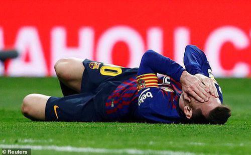 Messi sửng cồ sau khi bị Ramos đánh nguội