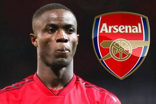 Arsenal nhắm sao MU và Chelsea để vá hàng thủ